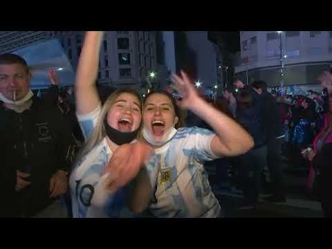 🎉🇦🇷🏆Thousands took to streets in Buenos Aires as Argentina beat Brazil in Copa America final 阿根廷 美洲杯