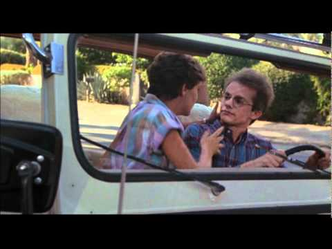 Fraternity Vacation: Stephen Geoffreys and Amanda Bearse kiss