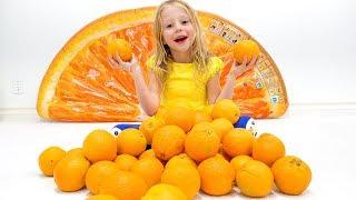 Stacy y una canción para niños sobre frutas y colores.