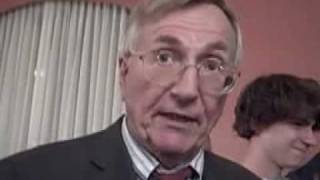 From youtube.com: Seymour Hersh {MID-149646}