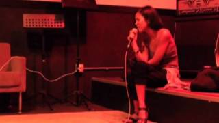 Jhene Aiko - To Love & Die (Acoustic) Live/Rehearsal
