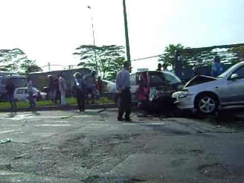 Accident at highway pasir gudang