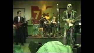 THE SCREAMING BLUE MESSIAHS - I Wanna Be A Flintstone (Live!! 80s Kid