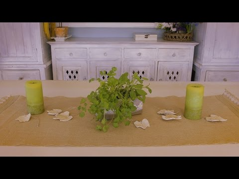 Table Decorating Ideas with Burlap Table Runners
