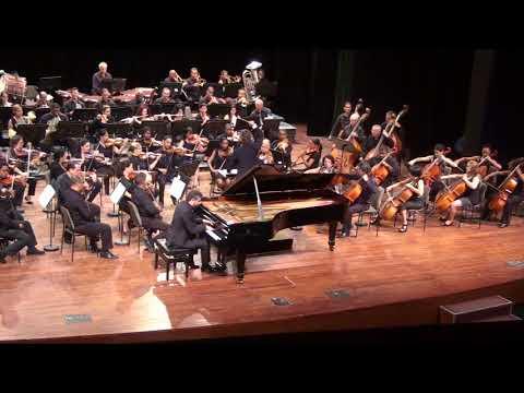 Javier Negrín (piano) // Falla: Noches en los jardines de España