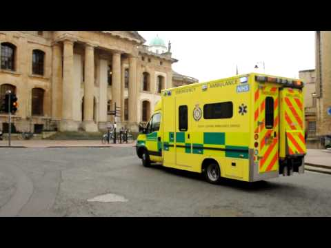 Oxford,UK - Ambulance responding, December 2009