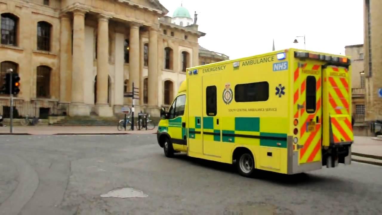 oxford uk - ambulance responding  december 2009