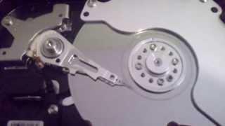 Broken HDD SAMSUNG HD502HI - Clicks of Death