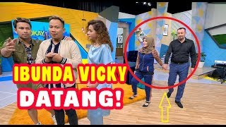 Download lagu KEJUTAN, Vicky Gak Tahu Ibunda & Baba Mustafa Datang   OKAY BOS (09/03/20) Part 1