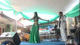 Gambar cover Tersisih&minyak wangi-Heni with vadma entertaiment
