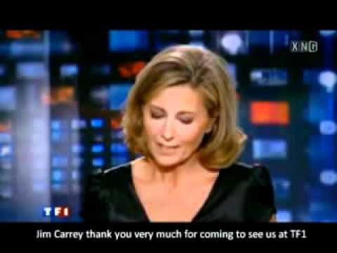 Jim Carrey falls in love with a French reporter.