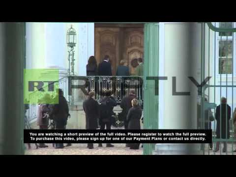Germany: Merkel holds rare reception for Cameron and family at Meseburg Castle