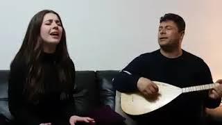 Rojbin Kizil is singing
