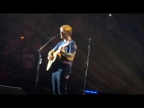 Ed Sheeran - Supermarket Flowers @ Barclaycard Arena, Hamburg 26/03/17
