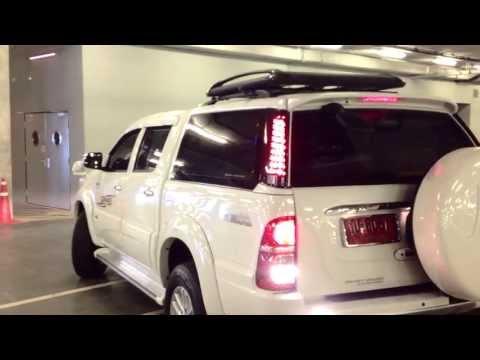 รถกระบะโตโยต้า 4 ประตู : สมาร์ท วากอน SUV สายพันธุ์ใหม่