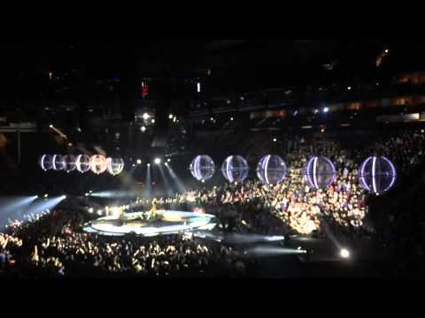 Muse Intro + Psycho Drones World Tour 12.01.15