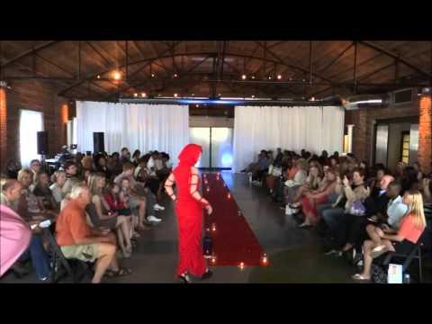 HD HIGH QUALITY No Human Intentions Fashion Show Haute Metropolis UFFKC