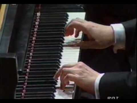 Christian Blackshaw Mozart Piano concerto no 20_1 part 1