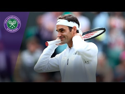 Roger Federer celebrates defeating Raonic to reach Wimbledon 2017 semi-finals