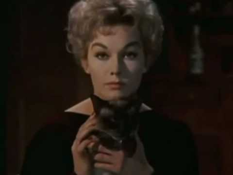 Download Kim Novak, the beautiful and fascinating witch in Bell, Book and Candle (1958)