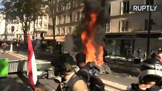 «Жёлтые жилеты» вышли на акцию протеста в Париже — LIVE