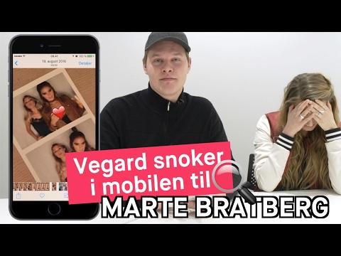 Vegard Harm snoker i mobilen til Marte Bratberg