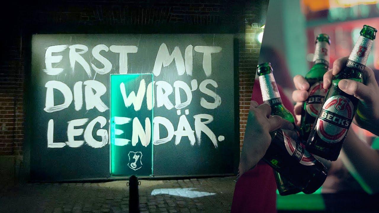 """best service 1ccdd fe42c Ein Beck's Plakat auf dem steht """"Erst mit dir wird's legendär."""": Würdest du  durchgehen?"""