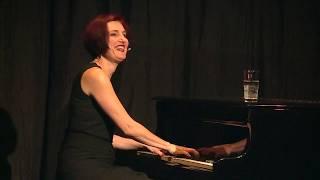Esther Hasler  Klavierkabarett