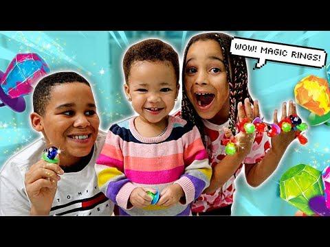Magic Ring Pop Candy 🍬💍 FamousTubeKIDS