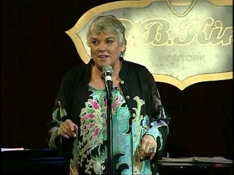 Tyne Daly - 2009 MAC Awards - Crayola Doesn't Make a Color for your Eyes