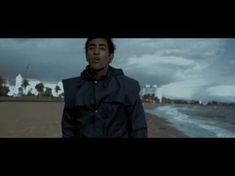 yellow-(coldplay)-music-video