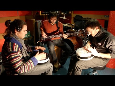 2 Steel tongue drums, Bass & 2 drummers - Something special! -