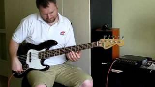 Fender Jazz Bass with Woodhead pick up, Markbass F1 Bassamp, Ashdown MAG 410 Basscab