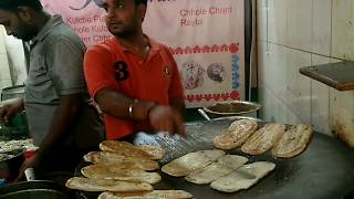 India's No. 1 Chhole kulche wal...