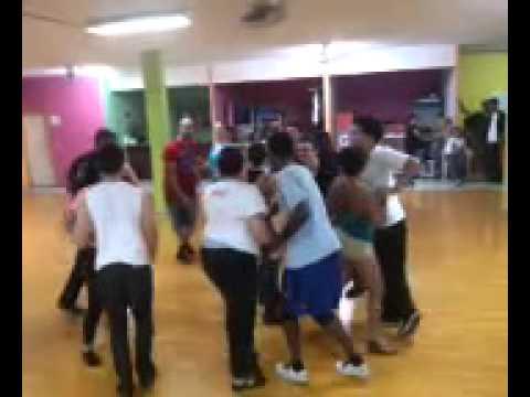 Clase de Rueda casino  en salsa Honduras