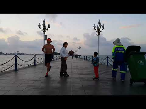 Qingdao Zhan Bridge(青岛栈桥), China (GALAXY NOTE4 4K Video)