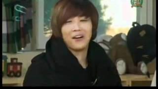 [ENG] Simon D imitating & teasing Hongki [funny! (^-^)]