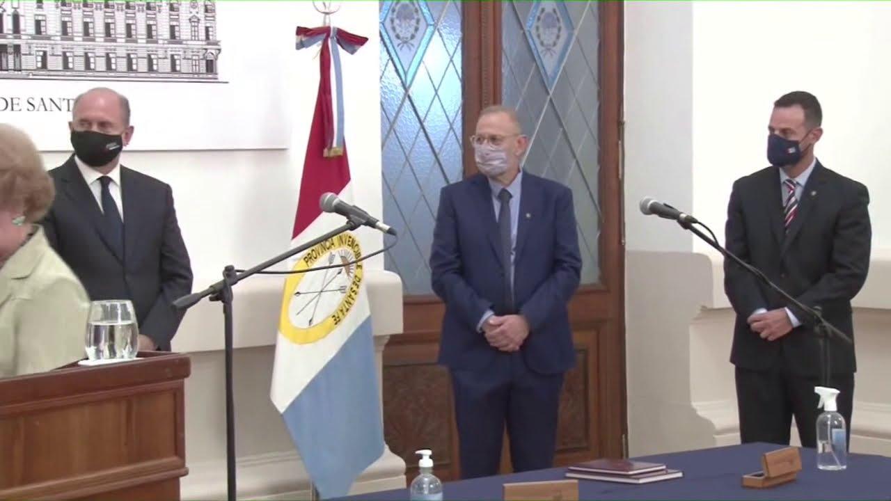 [EN VIVO] El gobernador, Omar Perotti, pone en funciones a los nuevos ministros que integrarán su ga