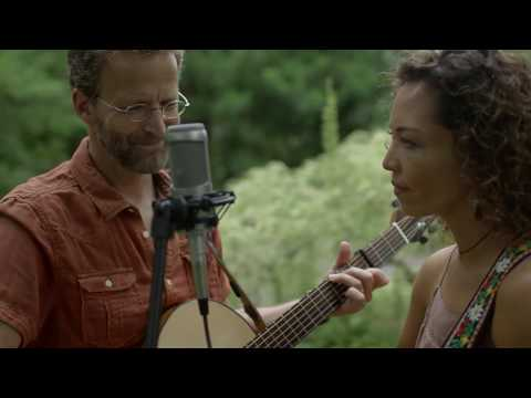 """Crowes Pasture Duo live video: Bob Dylan's """"Its All Over Now, Baby Blue"""" cover"""