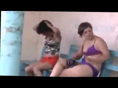 Голые пьяные девушки и женщины в пьяных барах и на улицах