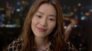 Liu Wen With Caroline de Maigret Fall-Winter 2021/22 Ready-to-Wear — CHANEL Shows