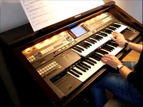 Contrasts by Claudia Hirschfeld - performed by Auronoxe on Technics GA3 organ