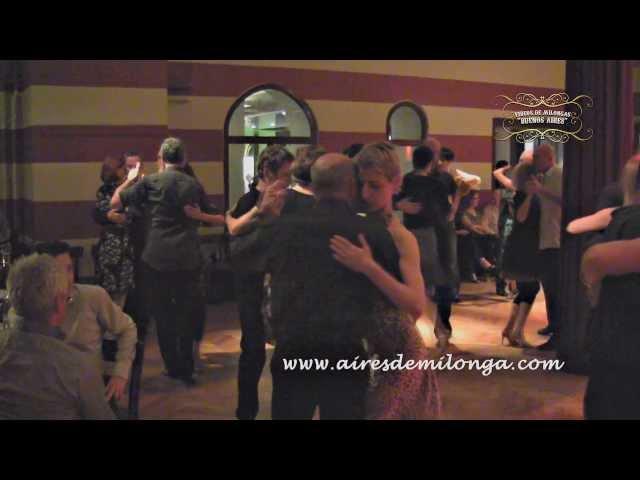 Berlin, Ballhaus Walzerlinksgestrickt milonga, tango en Alemania, Germany