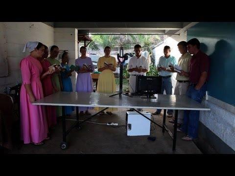 Amish-Mennonite community offers aid in Kenya