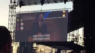 Kari Jobe performs Let The Heavens Open- Outcry Concert - Chicago 7/24/15