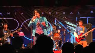 Naresh Iyer Live - PREMINCHE PREMAVA Unplugged@ BEATS 2014, Osmania Medical College, Hyd