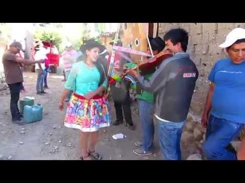 Cristalina de Vilcashuamán - Virgen de Cocharcas 2015, Quilla