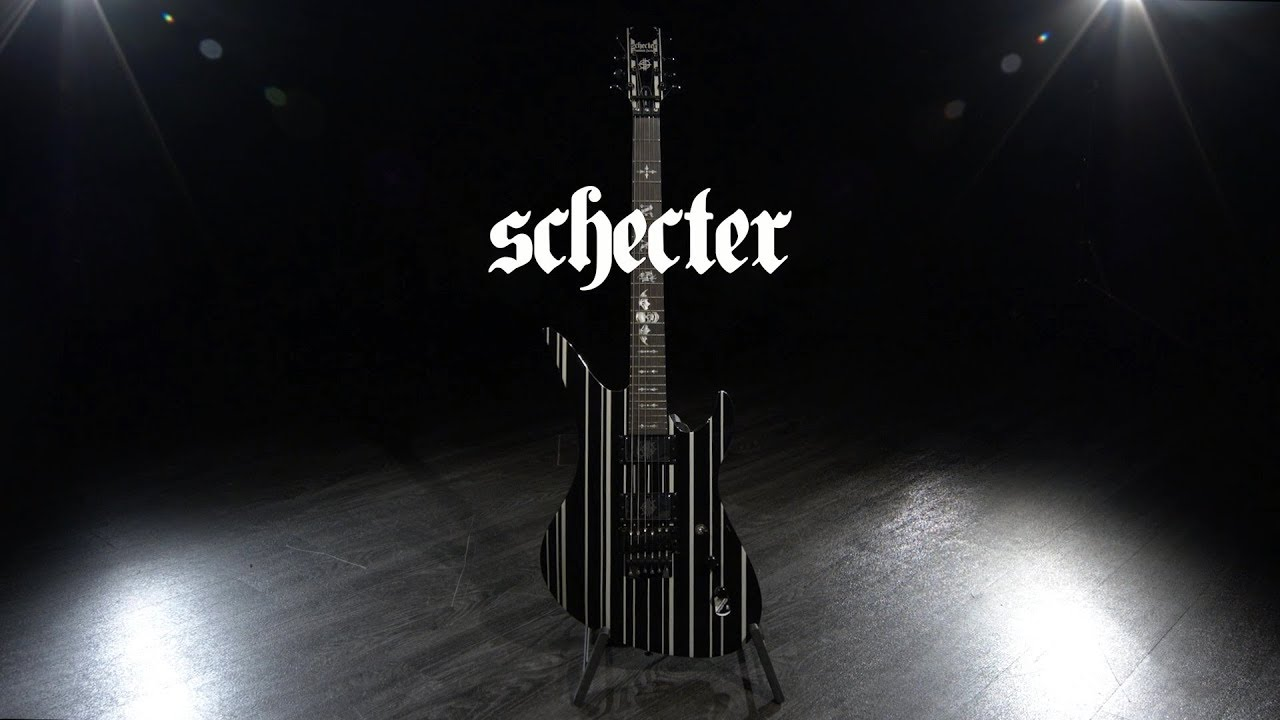 Schecter Synyster Custom, Gloss Black w/Silver Pin Stripes