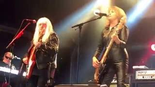 Скачать Suzi Quatro Can The Can Featuring Andy Scott Concert At The Kings 2016