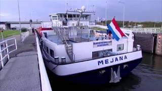 Mejana, vervoer van containers | Binnenvaart